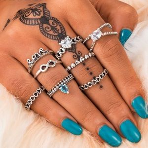 Jewelry - Crystal Love Midi Rings Set
